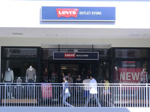 リーバイス (LEVI'S)  三井アウトレットパーク 倉敷店